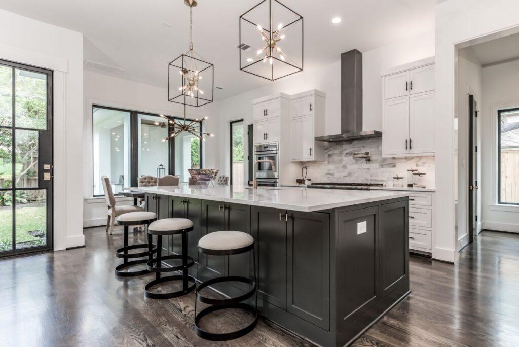 11326 Surrey kitchen