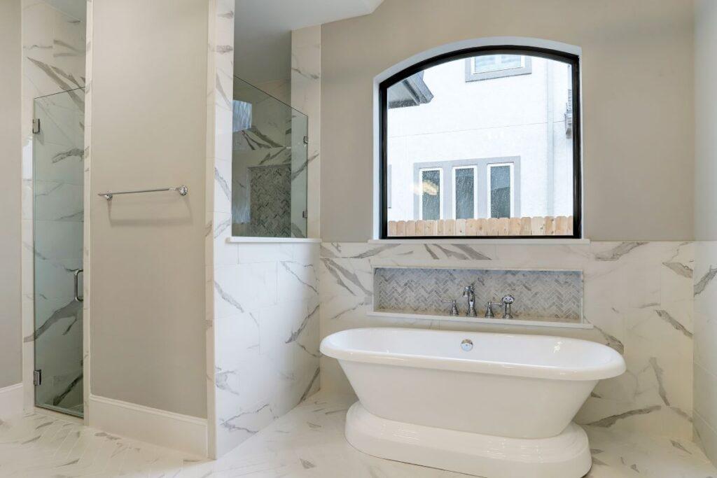 10223 E Rio Grande master bath