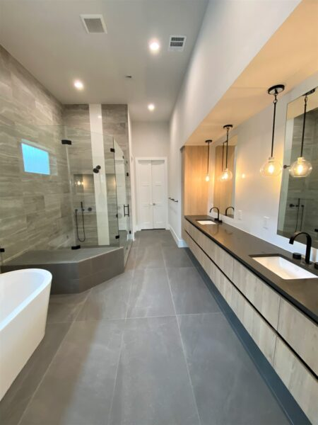 412 E 27th bath